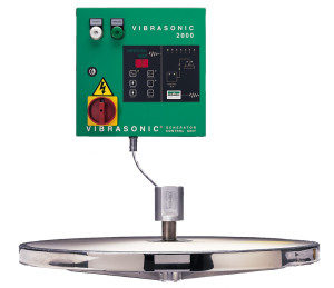 Probe and control unit of the ultrasonic deblinding system Russell Vibrasonic® Deblinding System